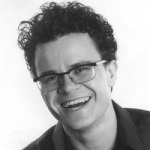 Dominic Holland Photo